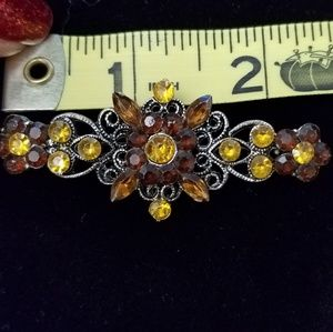 Jewelry - Rhinestone fall color Hue brooch